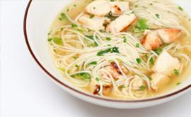 Пилешка супа с нудълс