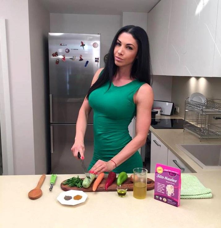 Биляна Йотовска: Лесен Slim Noodles със зеленчуци